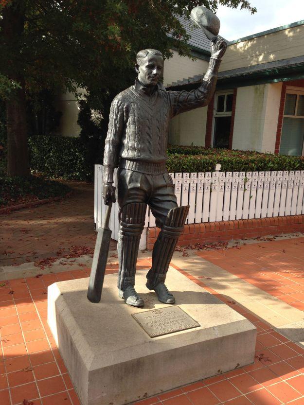Bradman statue