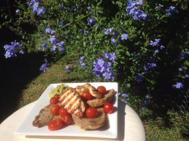breakfast-in-garden-2